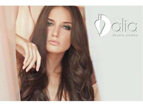 Plaukų dažymas su kirpimu ir stilingu sušukavimu